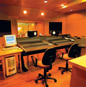 音乐资讯_少有参观星海音乐厅录音棚的机会--星海音乐厅-资讯