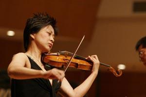美女提琴家徐惟聆 星海音乐厅